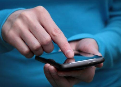 کار کردن با موبایل در هنگام شب چه برسرتان می آورد؟