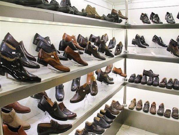 اینجا خبری از مشتری کیف و کفش نیست