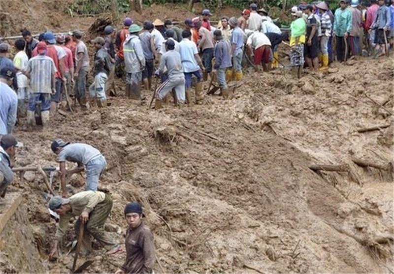 8 کشته و 100 مفقود در رانش زمین در اندونزی