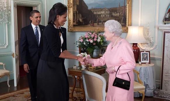 اعترافات خنده دار میشل اوباما در باره دیدار با ملکه بریتانیا (