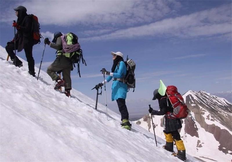 برپایی اردوی مشترک کوهنوردان ایتالیا و اردبیل در یخچال های سبلان ، 1500 کوهنورد اردبیلی بیمه شدند