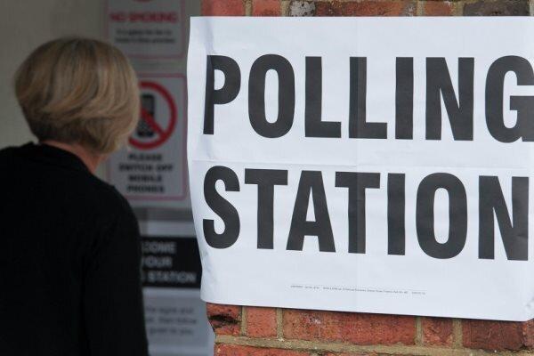 انگلیسی ها پای صندوق های رای رفتند