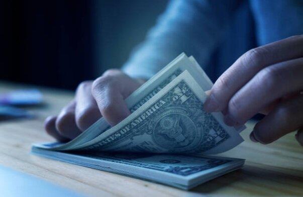 دلار به کف رسید!