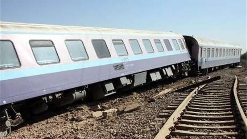 آنالیز علت واژگونی قطارهای مسافربری و باری ، ریل دزدی توسط معتادان صحت دارد؟