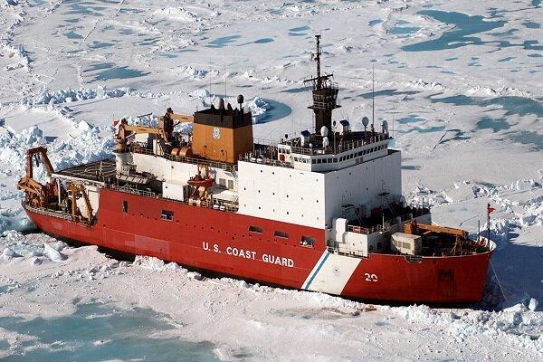 یخ شکن آمریکائی طعمه حریق شد، همه عملیات ها در قطب شمال لغو شدند
