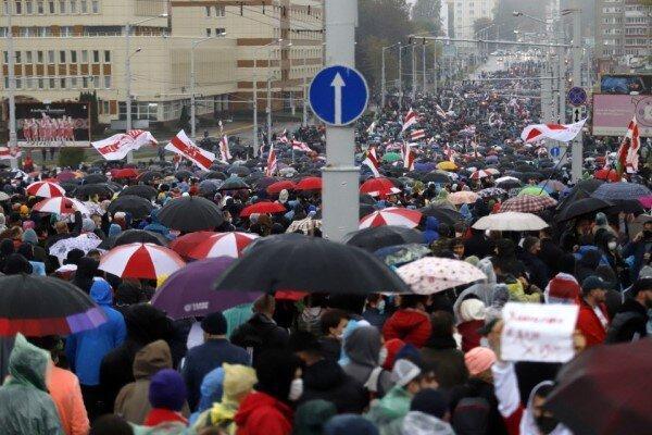 بازداشت دست کم 30 معترض در راهپیمایی روز شنبه در پایتخت بلاروس