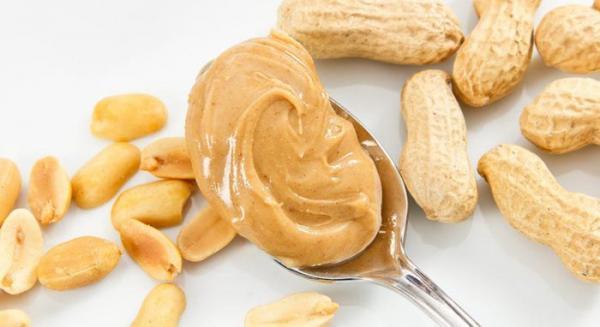 کالری کره بادام زمینی؛ یک قاشق کره بادام زمینی چقدر کالری دارد؟