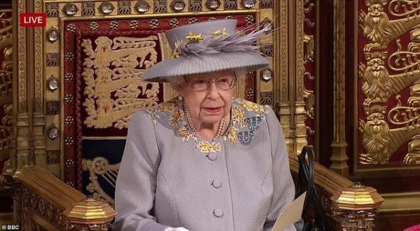 ملکه انگلیس: دولت طرح قانون مقابله با فعالیت خصمانه کشورهای خارجی را ارائه می نماید