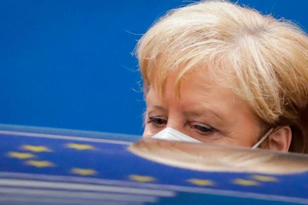 مرکل خواهان تبادل نظر میان اروپا و پوتین شد