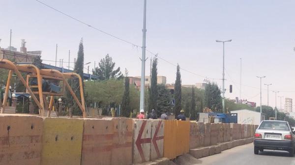 شهرداری بر نحوه آسفالت حفاری های فاضلاب نظارت می کند