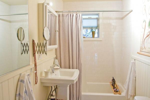 ضرورت نظافت حمام و دستشویی به دلیل رطوبت بالا